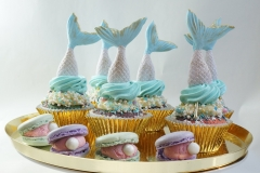 Mermaid cupcakes and macarons