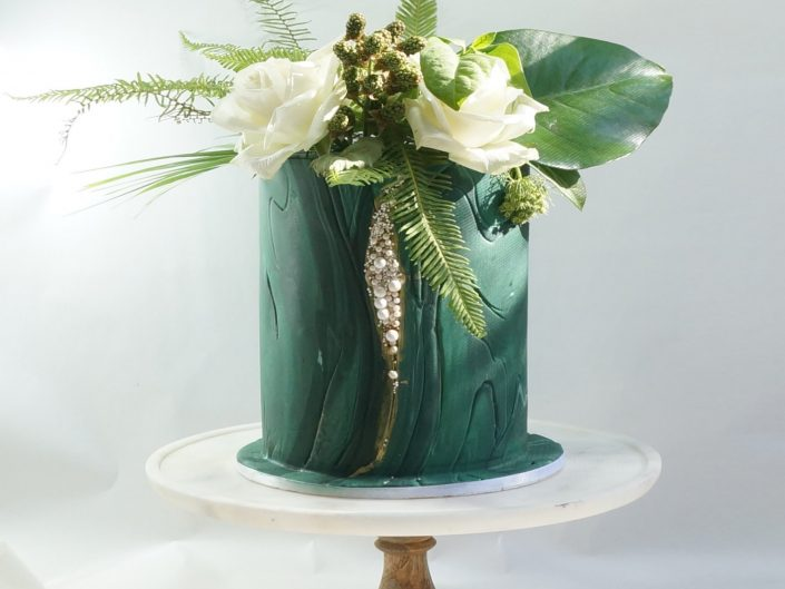 Tropical Pearl Wedding Cake
