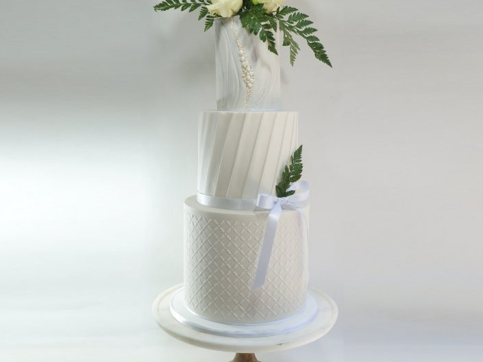 The Pearl Wedding Cake